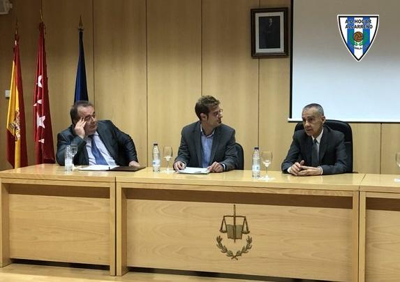 Entrevista a cargo de David Aguilera Ruiz (Agencia Europa Press) en la U.A.M a Carlos Terrazas.
